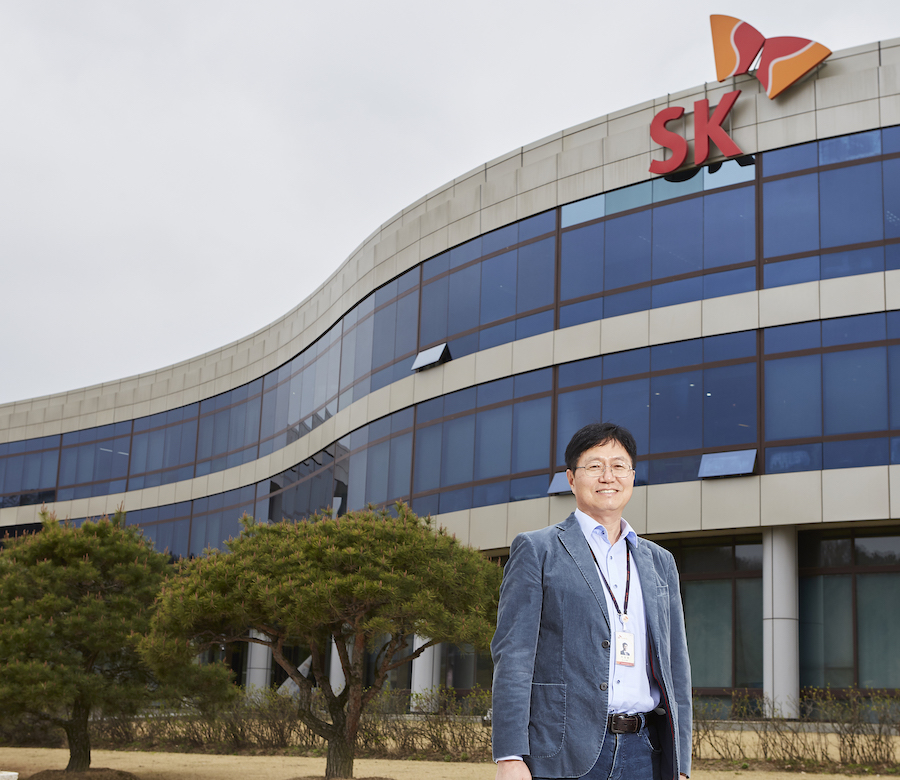 Dr Seongjun in front of the main building of Institute of Environmental Science & Technology